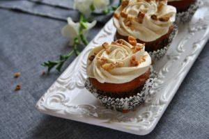 Carrot cake cupcakes/ Cupcakes cu morcovi