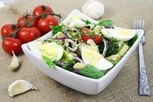 Salata asortata de primavara