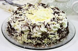 Tort cu ciocolata alba si mascarpone